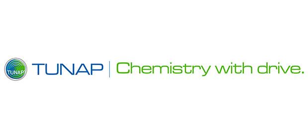 Les produits de nettoyage chimiques Tunap améliorent l'état de votre camion.